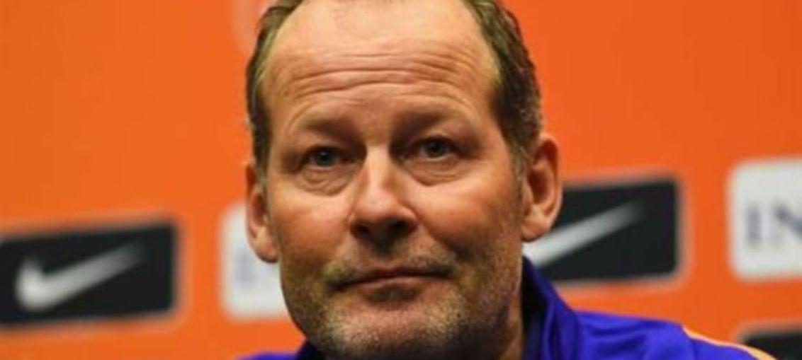 Сборная Нидерландов осталась без главного тренера