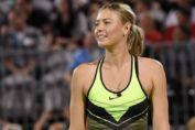Мария Шарапова вышла в полуфинал своего первого после дисквалификации турнира