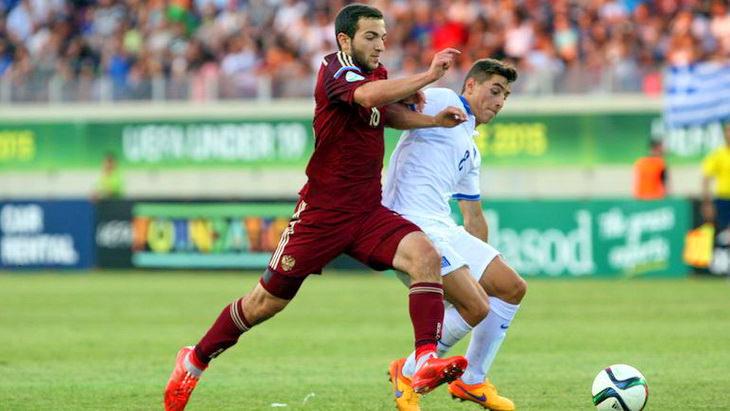матч россия греция че по футболу до 19 лет 2015